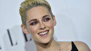 Kristen Stewart és új barátnője, Stella Maxwell rajong a smoothie-ért