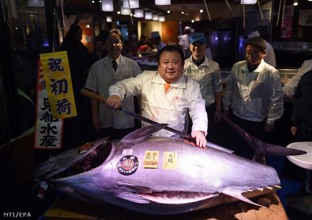 Kimura Kijosi a Sushi-Zanmai étteremláncot üzemeltetõ társaság elnöke