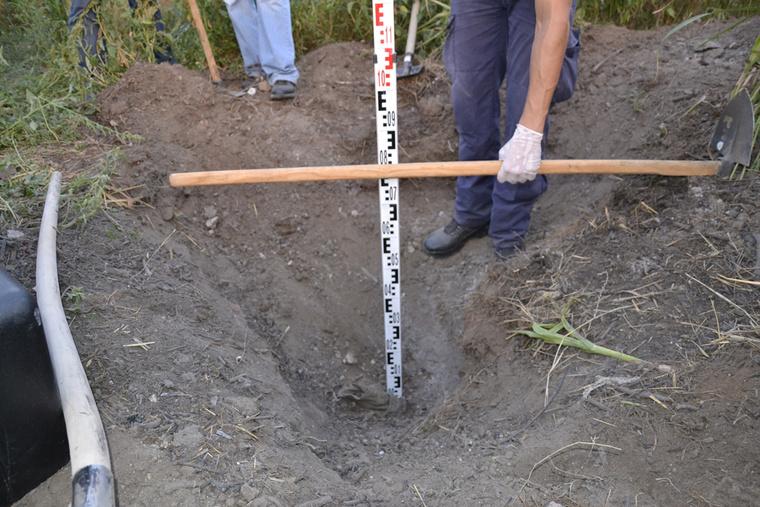 Sokáig eltűntként keresték, majd ebben a gödörben találták meg a fiatal férfi holttestét.