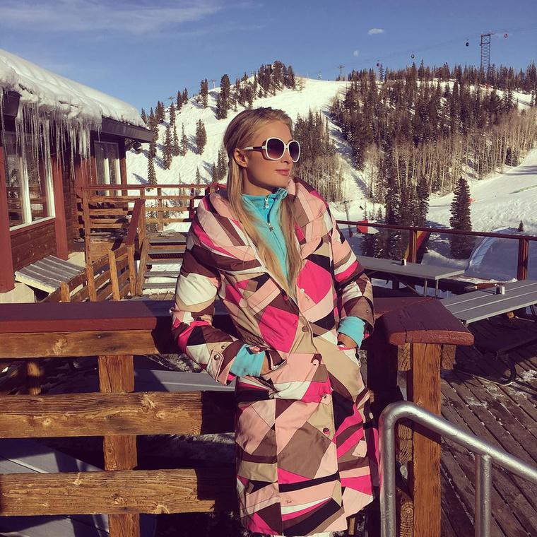Paris Hiltonnal indítunk, ő sielni ment Aspenbe.