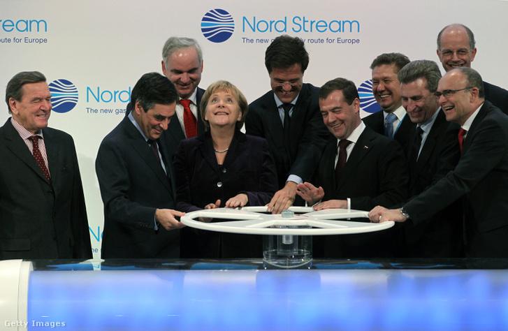 Az Északi Áramlat elindításáról szóló megállapodás 2011-ben