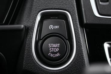 Az automatikus start/stop rendszer szerencsére kikapcsolható