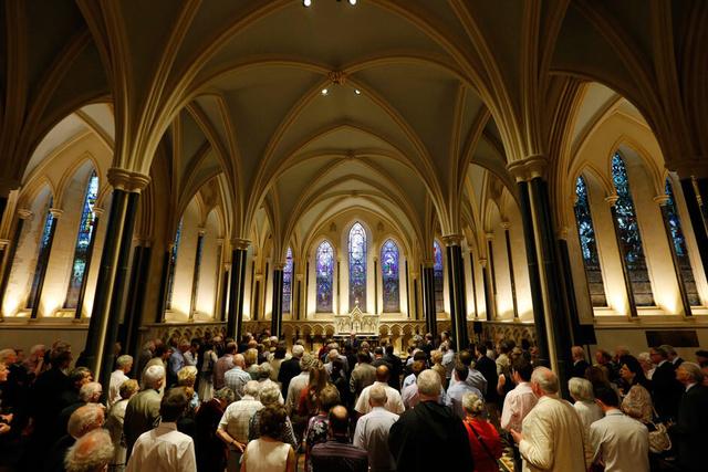 Impresszív fotó a Saint Patrick's Cathedral belsejéből