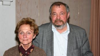 Elhunyt Vathy Zsuzsa író