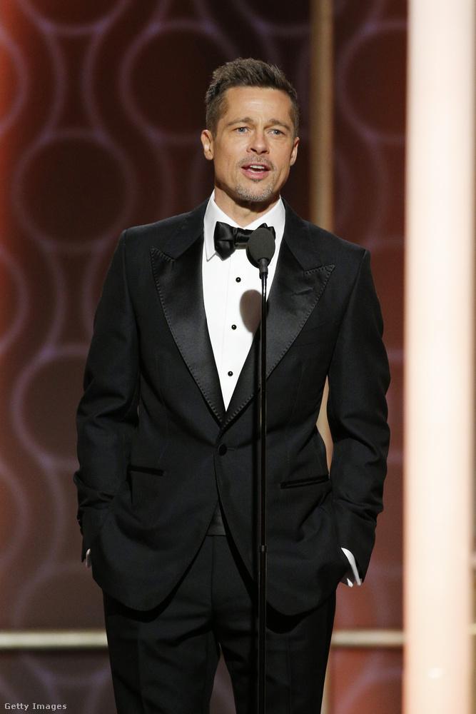 Hiába, Brad Pitt még zsebre vágott kézzel is sármos.