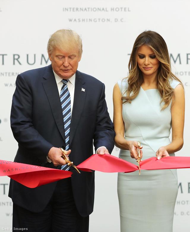Több amerikai divatház is elhatárolódik Melania Trumptól.