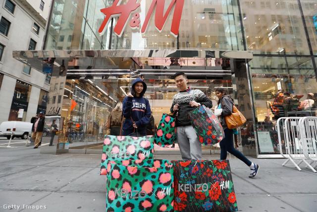 A divatházaknál nem vált be a fast-fashion márkákhoz való dörgölőzés.