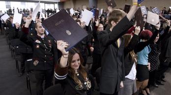 Utolsó esély: aki még nem diplomázott, 2018 szeptemberéig megteheti