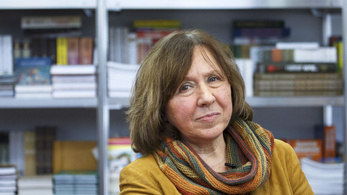 Elege van a Nobel-díjas írónőnek a gyáva orosz PEN-klubból