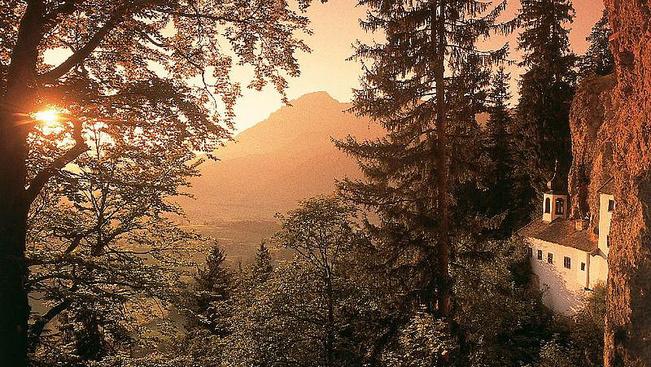 Hivatásos remetét keresnek egy osztrák sziklakunyhóba
