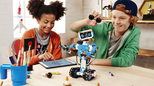 Ne izguljon, a robotok fel tudják nevelni a gyerekét!
