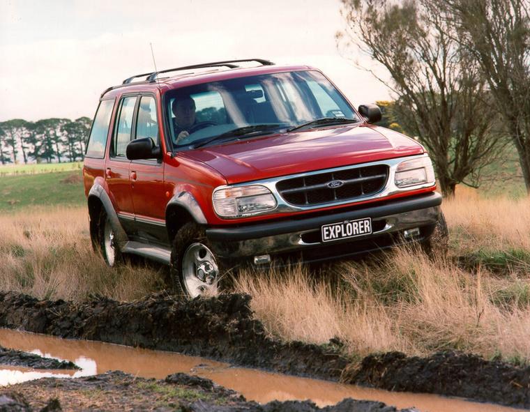 Ha Fordot szeretnénk négy hajtott kerékkel, akkor a vállalat amerikai modelljeire kell hagyatkoznunk