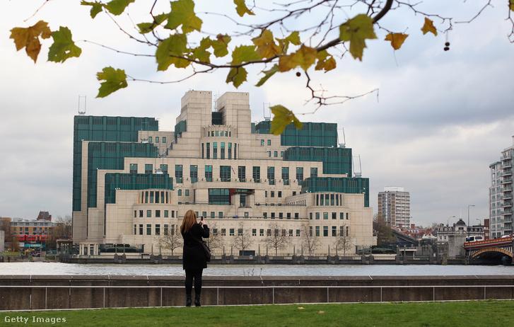 Az MI6 székháza Londonban
