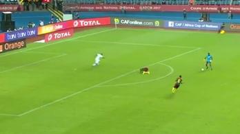 Az Afrika-kupa Neuere az igazinál is kegyetlenebb