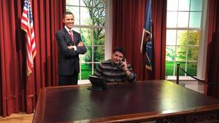 A nap képe - Hajdú Péter Obamával közös képet posztolt