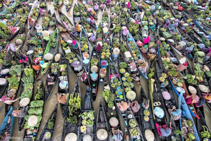 tk3s sn floating market 1