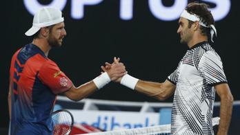 Ketten voltak 70 évesek, Federer nyert