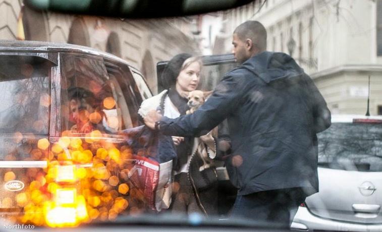 Mint már írtuk, Jennifer Lawrence éppen nálunk, Budapesten forgatja a Red Sparrow című filmjét.Hát most meg is mutatjuk!