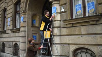 Jogerősen elítélték a kopsz-ügy miatt tiltakozó Gulyás Mártont