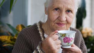 Tudta, hogy a koffeinnel küzdhet az időskorral járó gyulladások ellen?