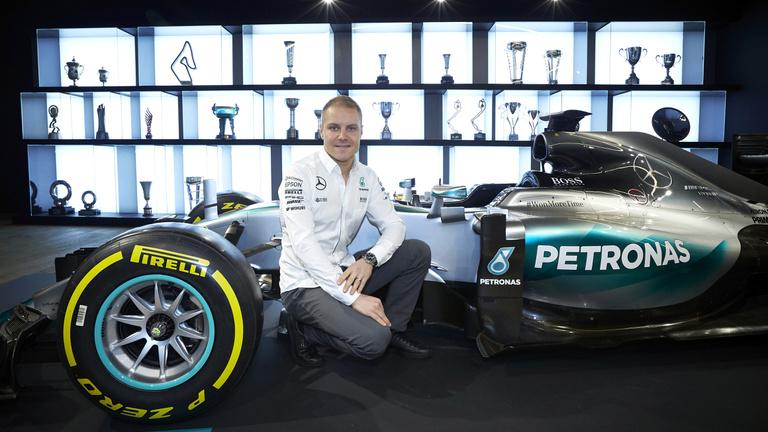 A Mercedes egy átlagos Räikkönent választott, de miért?