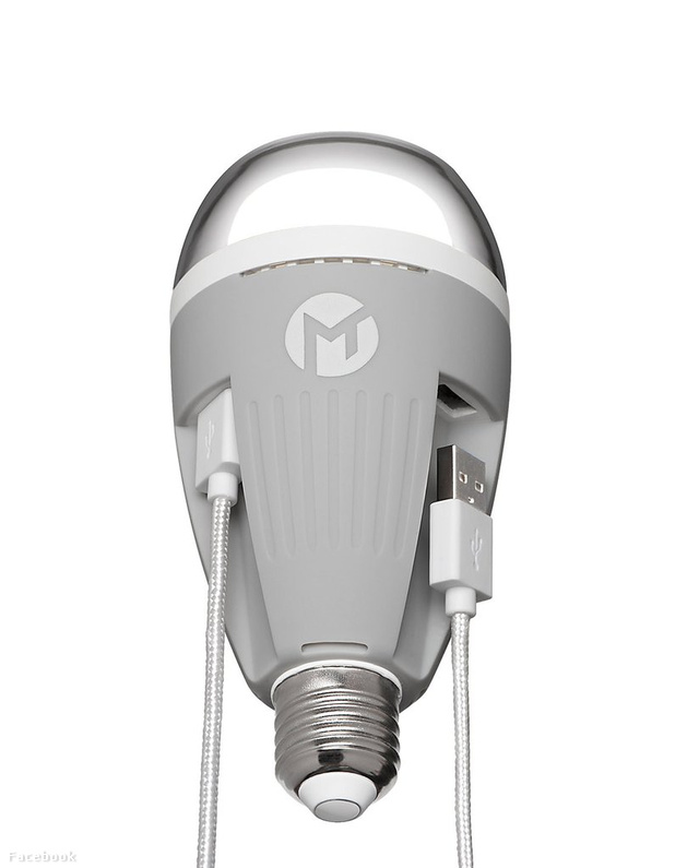HERO-MTC-PowerBulb-USB-Bulb-Charging 0014 DSC 1163 1024x1024