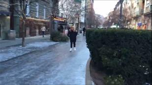 Ha a Lövőház utcában van dolga, korcsolyában legyen!