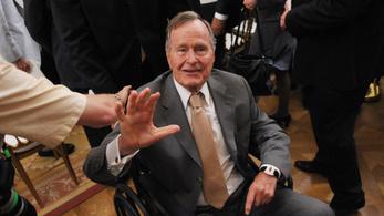 A 92 éves idősebb George Bush kórházba került