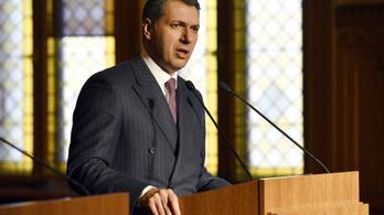 Kormányinfó: Lázár feljelentést tesz a 4-es metró ügyében