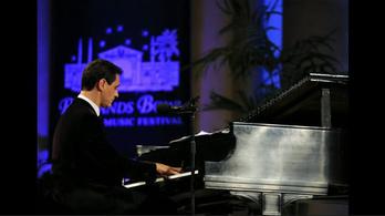 A zongorista, akinek ingyen kellett volna fellépnie Trump beiktatásán