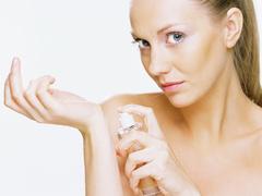 Vodkával és ecettel fegyverezhető le az irritáló parfüm