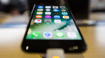 Soha nem látott biometrikus azonosító jöhet az iPhone 8-ban