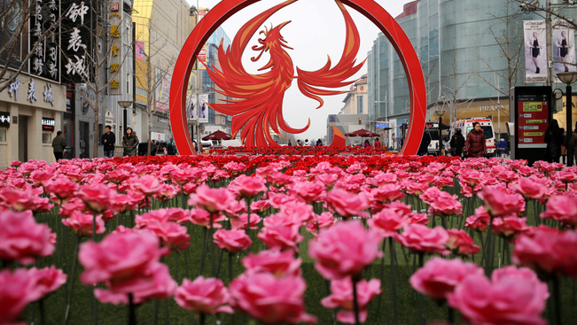 A kínaiak nagy csinnadrattával készülnek a Kakas évére
