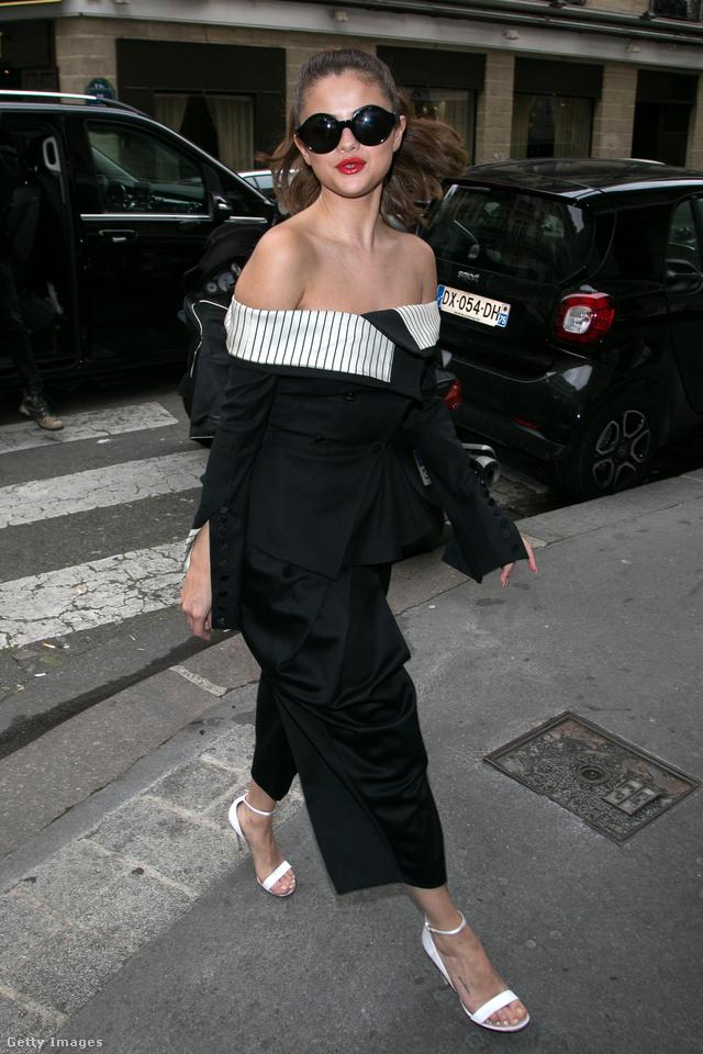 Selena Gomez nem köti a napsütéshez a napszemüveg viselését.