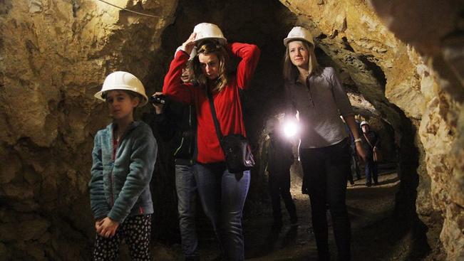 Túrázzon száraz lábbal a miskolctapolcai barlangfürdő járataiban!