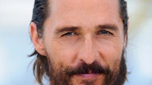 Matthew McConaughey megbecsüli a pénzt, ha kell, még az apróért is lehajol az utcán