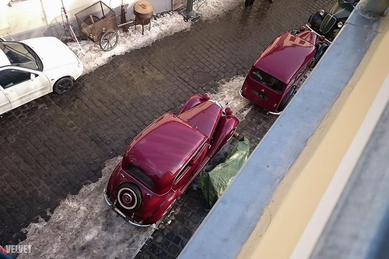 Aztán majd ellenőrizze a filmben, hogy tényleg ezek az autók szerepelnek-e benne.Addig is viszlát!