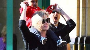 Charlize Theron talán még a lányánál is jobban élvezte Disneylandet