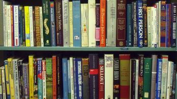 Matyi Dezső szerint meg akarják szerezni a könyvesbolt-hálózatát