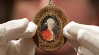 Mozart ma szinte ingyen vásárolhatna