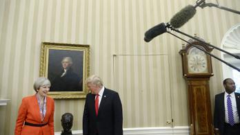 May és Trump barátok lesznek, hogy a dolgozó kisembereket képviselhessék