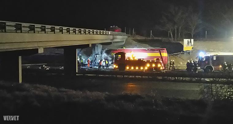 Súlyos kamionbaleset történt január 27-én, késő este, az M1-es autópályán.
