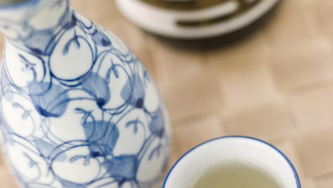 Miért jó szakéban fürödni? És zöld teában?