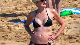 Rég látta Sharon Stone-t bikiniben? Akkor tessék!