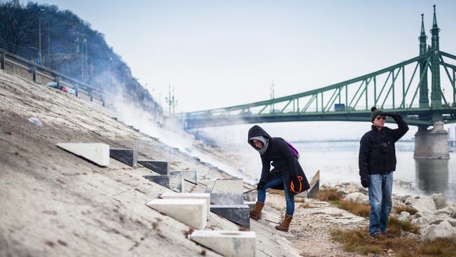 Menő találkahely épült betonból a Duna-parton
