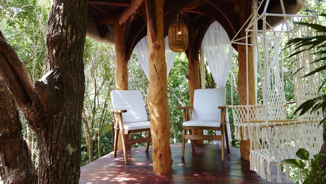 Fák közé rejtett luxushotel a mexikói dzsungelben