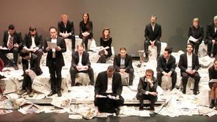 A TÁP Színház visszahozta Király Linda elfuserált Himnuszát