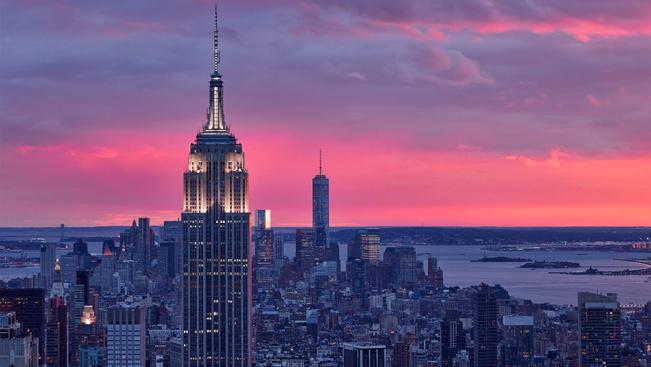 10 perc alatt jutott fel saját lábon az Empire State Buildingre