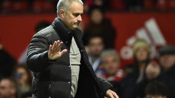 Mourinho távozik