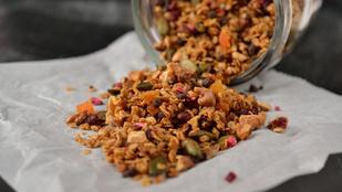 Szuperreggelik: ropogós granola házilag